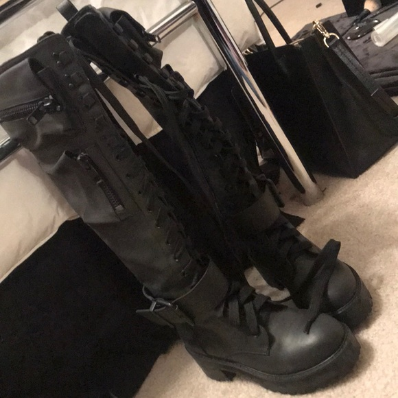e439e539b3b90 Dolls Kill Shoes - Dolls Kill Obsidian Pocket Combat Boots
